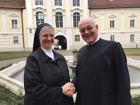 Gen.Versammlg. Altenburg 21.2.2016 01 Sr. Michaela Abtpräses Christian 450